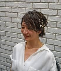 自分に似合うヘアスタイルはタイプ別リアル花嫁のトレンド髪型講座