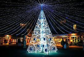 Αποτέλεσμα εικόνας για τα πιο αστεια δεντρα χριστουγεννων στο κοσμο