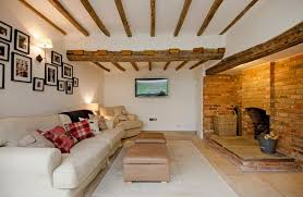 Low ceiling with wooden beams
