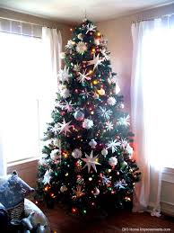 white lights or multi color on your tree the dilemma is solved, seasonal holiday  decor, Here is my living room tree with the color lights on