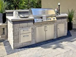 3 popular outdoor kitchen design layouts sure to please unilock with designs decor 9