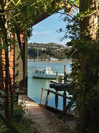 the boat sheds at evans bay are a much loved part of the capital s landscape and have been for almost 90 years the striking green and red havana cruising