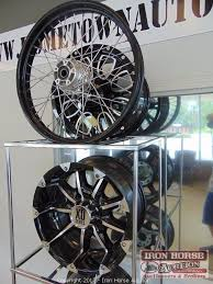 Alloy Wheel Display Stand Iron Horse Auction Auction Auction of Home Town Auto Center 62