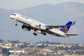 United Airlines mulls pulling fares from Expedia amid contract dispute