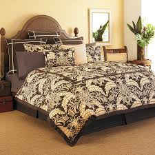 Pineapple Bedroom Furniture Tommy Bahama Cape Verde Tropical Brown Palm Pineapple 4p Queen