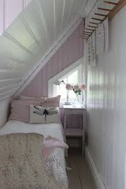 Best 25+ Small bedrooms ideas on Pinterest   Small bedroom storage, Small  rooms and Decorating small bedrooms