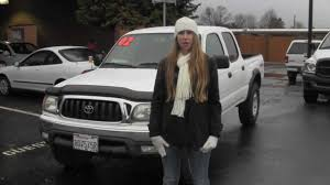 Virtual Video Walk around of a White 2002 Toyota Tacoma 4 door at ...