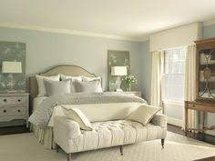 25 Foot of Bed Decorating Ideas