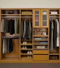 dark brown fake wooden closet