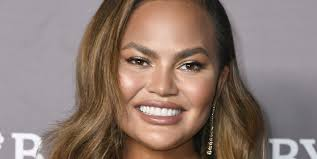 Christine diane teigen (born november 30, 1985) is an american model, television personality, author, and entrepreneur. Bob Hairstyles For 2021 67 Short Haircut Trends To Try Now