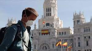 موجة ثانية من فيروس كورونا تعرض النظام الصحي في إسبانيا لامتحان قاس