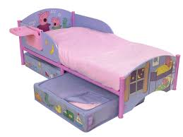 Pig Bedroom Decor Peppa Pig Junior Bed Peppa Pig Bed Applied For Pretty Kid Room