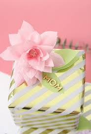 Make Easy Paper Flower Make These Diy Paper Flower Mothers Day Gift Tags Blissmakes