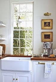 porcelain apron sink. Exellent Porcelain Choosing A Farmhouse Sink  Apron Front Options Southern Living Inside Porcelain Apron Sink E