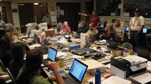Gis Analyst Gis Analyst Ryan Theel Addressing The Planning Team Flickr