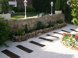 Gartenwege Gestalten Mit Kies
