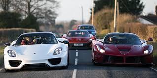Pebisnis Sekaligus Miliarder Asal East Midlands, Inggris, Paul Bailey  Dipercaya Menjadi Konsumen Pertama Yang I