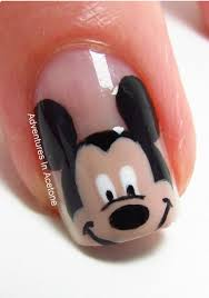 pelikh_mikki | Mickey mouse nail art, Mickey mouse nails, Mickey nails