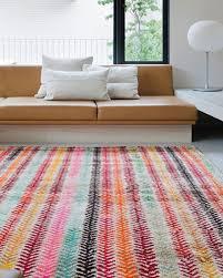 Colorful-Rug-Loom-Old-Yarn-Wheat
