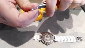 Как укоротить керамический браслет часов - YouTube