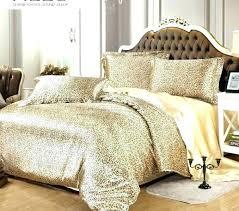 leopard print comforter set queen animal print bedroom sets leopard themed bedroom king and queen themed leopard print comforter set