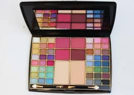 best flipkart bridal makeup kit offers