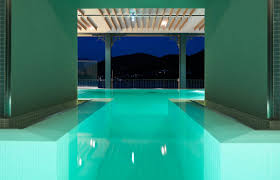 indoor infinity pool. Infinity Pool With Hydro Massage And Jacuzzi In The Spa On Lake Como - Grand Hotel Tremezzo Indoor