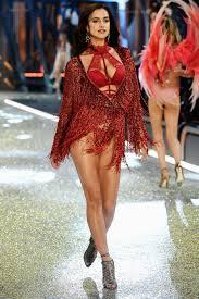 Victoria Secret Show Runway Models Outfit Photos 2016