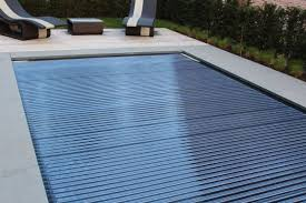 automatic pool covers. Zoom LUXE Cover - Automatic Pool Covers