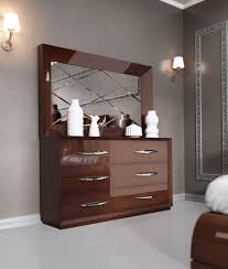 Modern Bedroom Mirrors Carmen Walnut Modern Bedrooms Bedroom Furniture