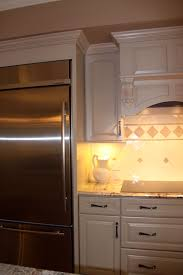 how to install crown molding on kraftmaid kitchen cabinets