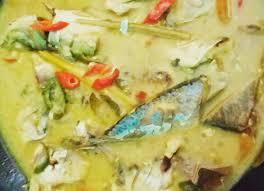 Resep ikan kembung kukus, menu sehat sekaligus lezat. Rindu Ikan Kembung Kuah Kuning Buatan Ibu Belanga Indonesia