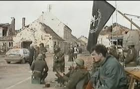 """Boris Dežulović je 1991. ušao u Vukovar: """"Šuti. Ne pričaj. Gledaj i  povraćaj"""" / Radio Sarajevo"""