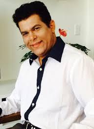 Valdivino Sousa é Professor, Matemático, Contador, Bacharel em Direito,  Pedagogo, Psicopedagogo, Psicanalista e Escritor. Além disso, é Programador  Web, Estrategista de Conteúdo e mídias digitais Blogueiro Mtb 60.448 e  Semanalmente escreve sobre: