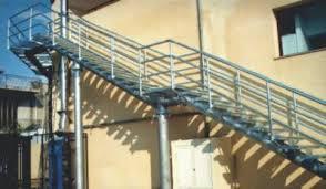Progettazione Scale Antincendio : F m b s r l prefabbricati metallici scale di sicurezza