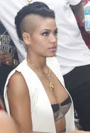 side shaved natural mohawk hair style