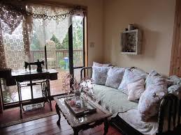 English Cottage Living Room - Interior Design