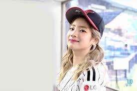 バービー韓国人風メイクに物申すおたふく顔にしか見えない美人