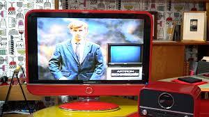 Découvrez la nouvelle télé de... Schneider