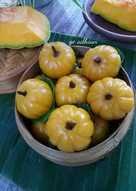 Rebus santan bersama daun pandan hingga mendidih. 30 Resep Kue Labu Kuning Kukus Daun Pisang Enak Dan Sederhana Ala Rumahan Cookpad
