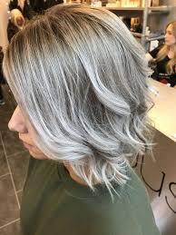 Hairstyles Ice Blonde Undercut Charming Kapsels Boblijn In Laagjes