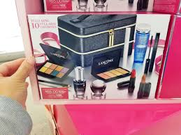the lane holiday beauty box es with 10 beauty items from lip colors and eyeshadows to serums and eye cream the entire box is valued at 422 00