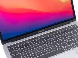 Apple MacBook Pro (2017) Suffers from Widespread Retina Display Flaw