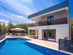 Villa Zora Luxuriöse Villa Mit Beheiztem Pool Sauna 4 Schlafzimmer Omis