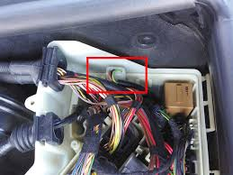diy e box fan replacement efanatics use the screwdriver to take off the cover below the steering wheel there is also one twist knob above the throttle disconnect the obd by sliding a blue