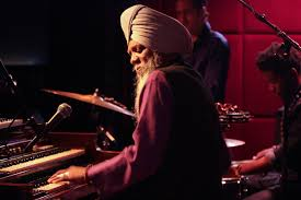 Review: With Evolution, Dr. Lonnie Smith Channels an Old Wisdom - The New  York Times