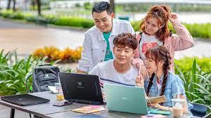 Chọn mua laptop cho sinh viên phù hợp với từng ngành học
