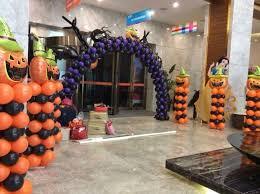 Wonderful Balloon Decoration Halloween Ideas 21 | Halloween balloons,  Halloween dance decorations, Halloween balloons decorations