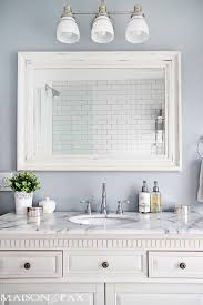 We have a wide selection of floor, wall and mosaic tiles made from durable glass, porcelain and natural stone. Gorgeous White And Gray Marble Bathroom
