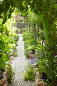 California Pizza Kitchen Garden Walk 1000 Images About Edible Landscaping On Pinterest Gardens